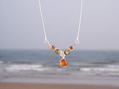 Amber Silver Necklace NE1059