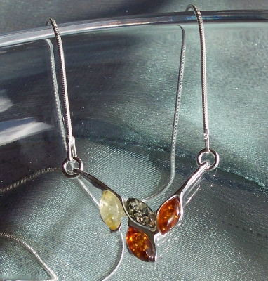 Amber Silver Necklace NE1063