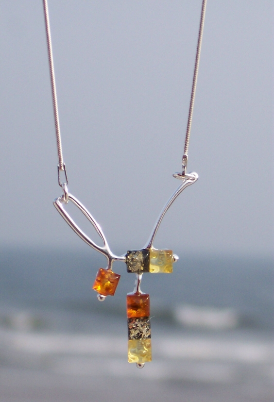 Amber Silver Necklace NE2002